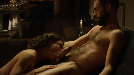 Красивый секс в продолжении романтического вечера